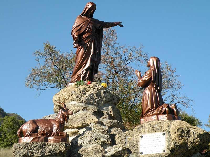 05_Notre-Dame_du_Laus.jpg